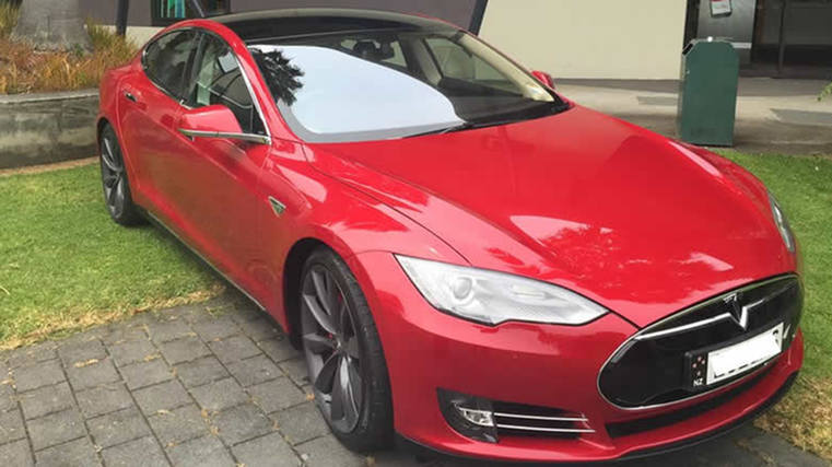 First Tesla S owner in NZ