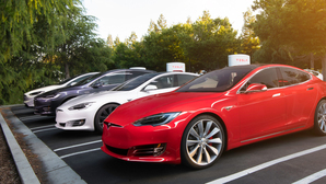 Tesla rolls out new update