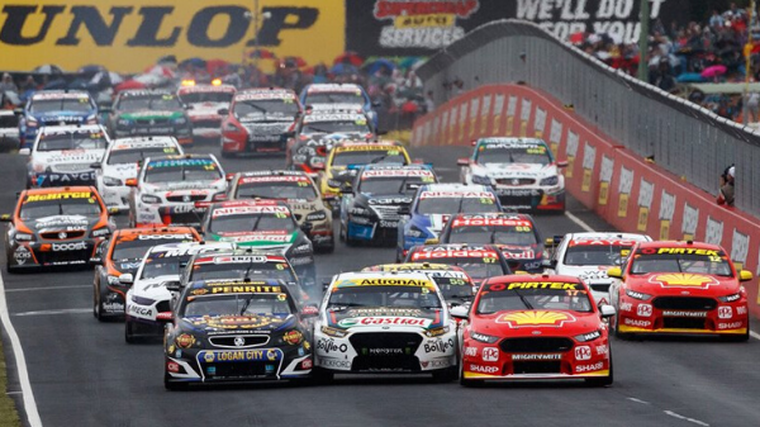 Supercars switch Pukekohe for Hampton Downs