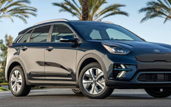 Kia broadens Niro choice
