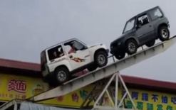See-saw SUVs wow onlookers